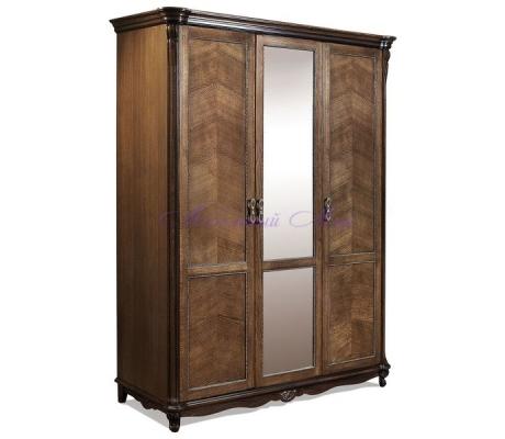 Деревянный 3 створчатый шкаф Алези